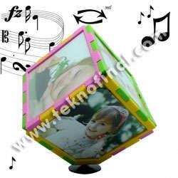 Müzikli Renkli Dönen Küp Çerçeve 10x10 cm