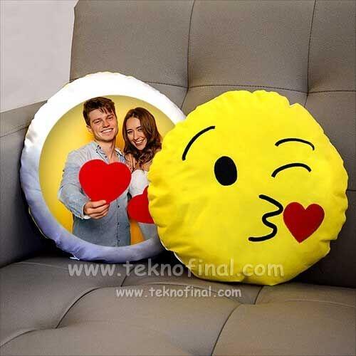 Yuvarlak Emojili Sarı Yastıklar
