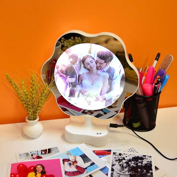 Dekoratif Led Işıklı Sihirli Papatya Ayna