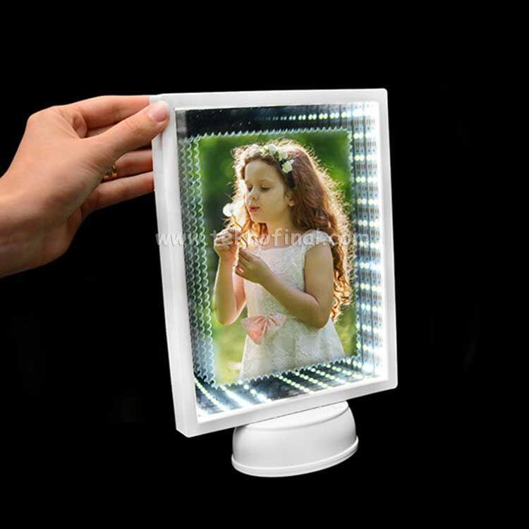 3d Ledli Işıklı Aynalı Dikdörtgen Fotoğraf Çerçevesi
