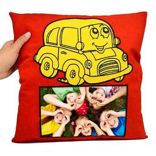 Sublimasyon Sarı Arabalı Kırmızı Kare Süet Yastık